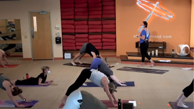 45 Minute Core Flow w/ Cassie (Livestream from 7/8/21)