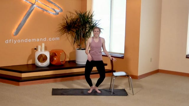 10 Min BarreAmped Legs with Lindsey (...