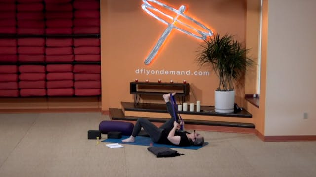 60 minute Yin w/ Carrie (Livestream 2...