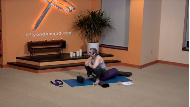 45 Minute Yin w/ Carrie(Livestream fr...