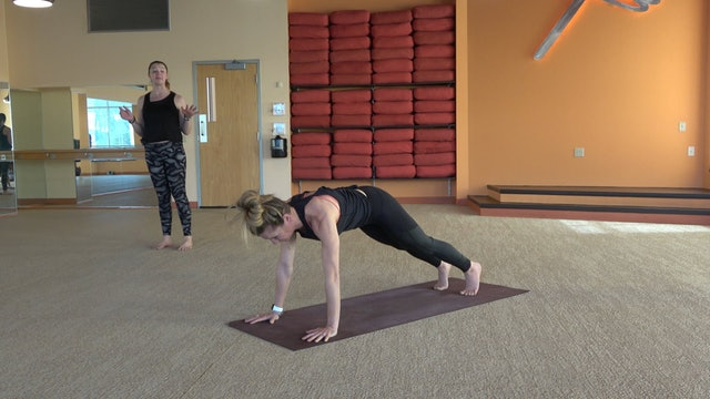 40 Minute Core Flow with Cassie