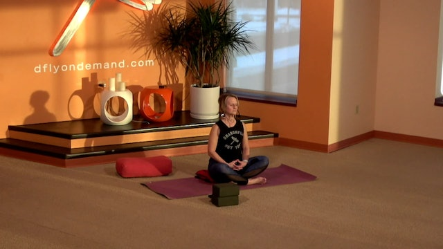 15 Minute Grounding Flow with Kay from 01/05/21