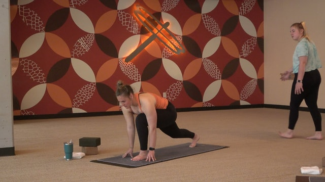 20 Minute Sacral Chakra Flow with Emily