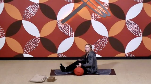 45 Minute Yin w/ Emily (Livestream fr...