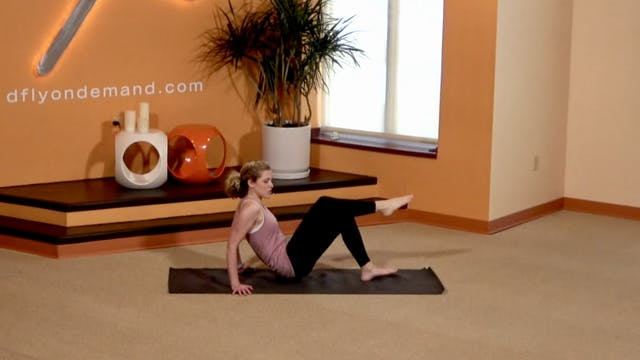 10 Min BarreAmped Upper Body with Lin...