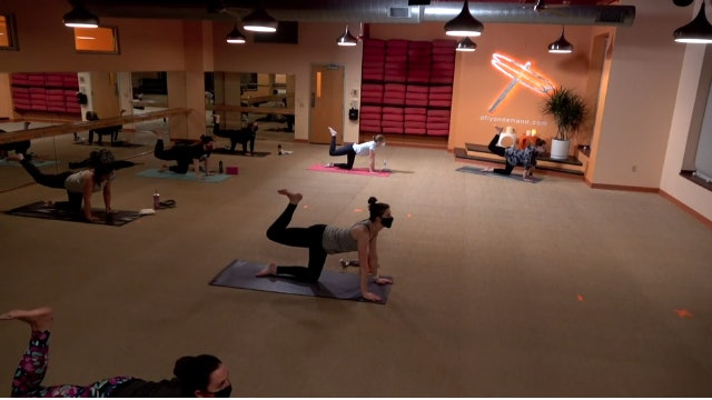 45 Minute Core Flow w/ Cassie (Livestream from 4/8/21)