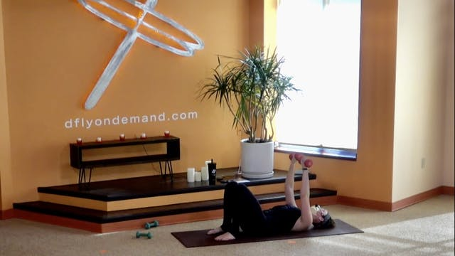 45 Minute Yoga Up®️ w/ Laura (Livestr...