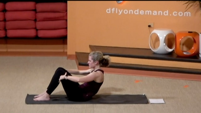 15 Minute BarreAmped Core with Lindsey