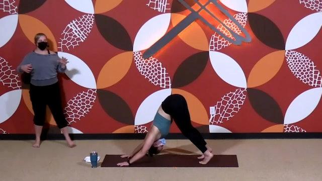 45 Minute Chakra Flow w/ Emily (Livestream from 3/2/21)