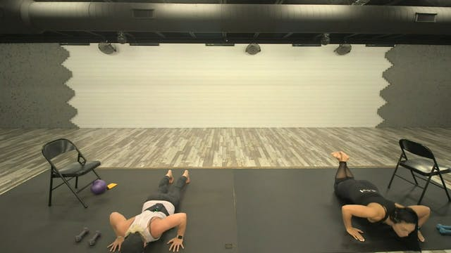 Sunday 8-9 Barre2Fit