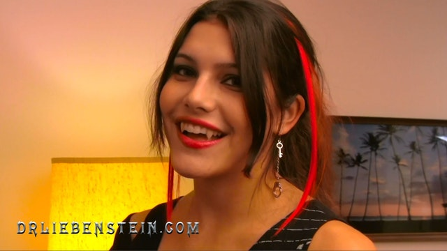 Making a Vampire With Mia Doran