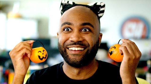 This Twisted Freak LIKES Halloween