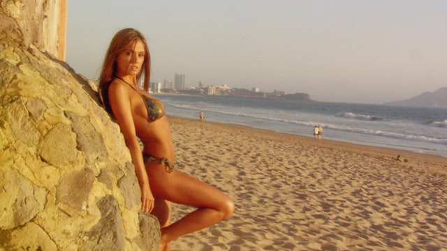 S1:E14  Bikini Destinations - Acapulco
