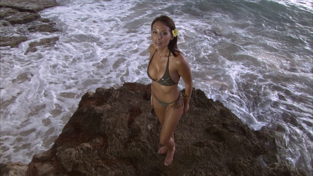 S1:E10  Bikini Destinations - Oahu