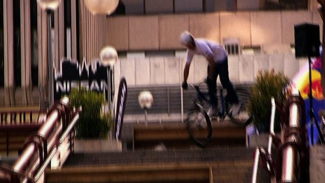Qashqai Challenge Urban Biking
