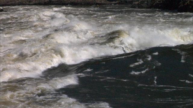 Steve Fisher Kayaking Africa's Zambezi River Part 2
