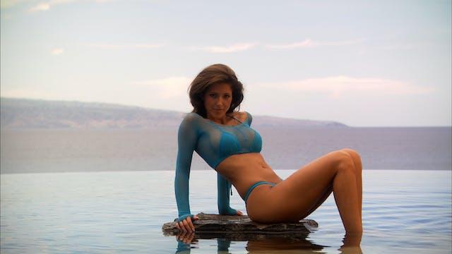 S1:E11 Bikini Destinations - Maui