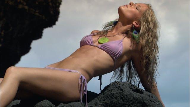 S3:E2 Bikini Destinations - Kauai