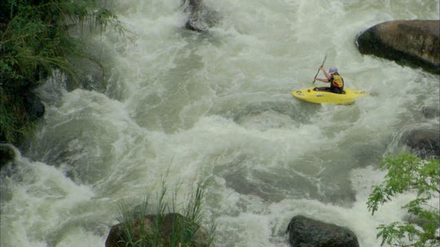 S4:E9 Nomads - Whitewater Kayaking in...
