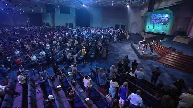 La Bendición De Poner A Dios Primero | Pastora Paula White-Cain