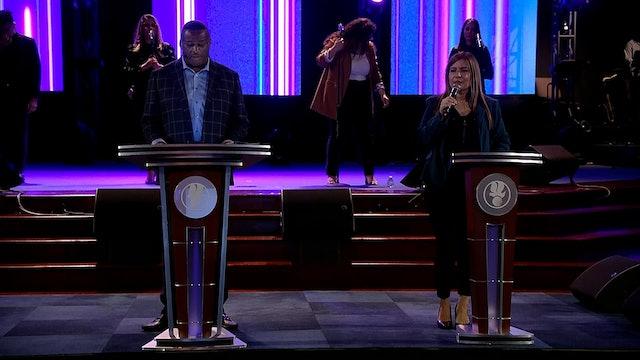 Cómo vivir en la presencia de Dios - Apostle Renny