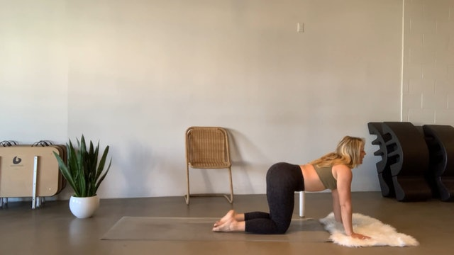 Beauty Fit Flow | 24mins Core, Legs & Shoulders
