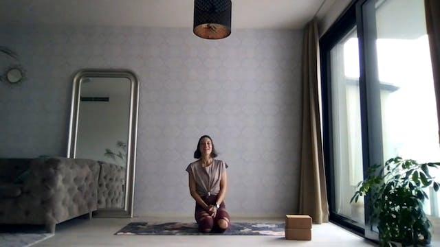 Feet Carry You | 30 mins Yoga Conditi...
