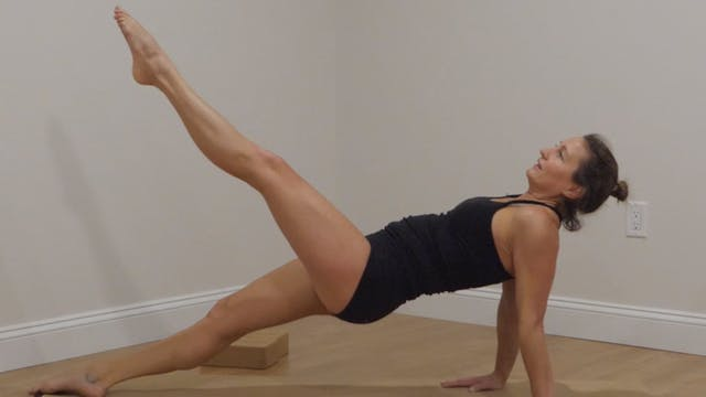 Power Yoga Series Week 4 Upper Body