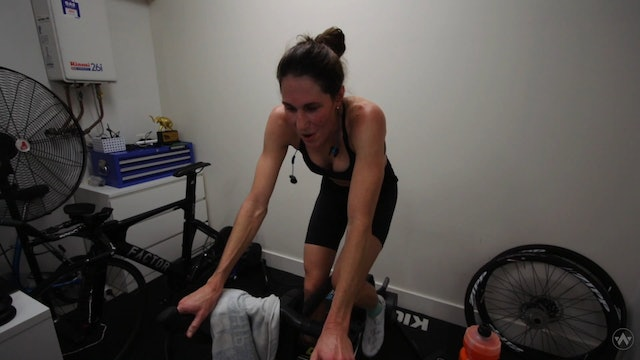 Behind The Scenes At A Zwift Race | Annabel Luxford | Z PRO TRI