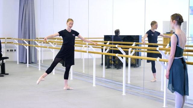 Ballet with Kate Hartley-Stevens: Barre | 1 (Improver)