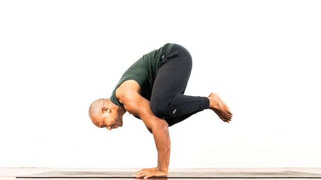 Intro to Crow Pose: Posture Breakdown with De'andre Sinette