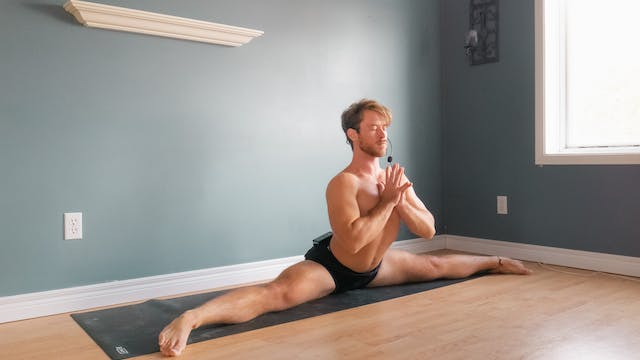 Middle Splits: Vinyasa Flow with Brad...