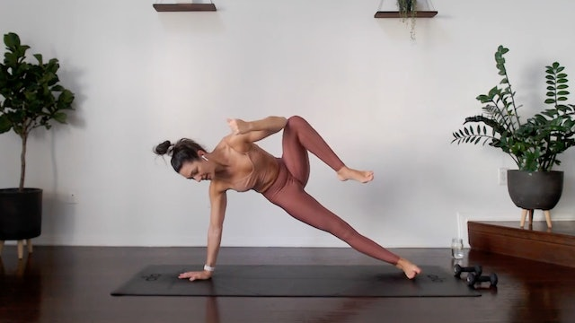 Core Burn: YogaSculpt with Missy Fresques (LIVE)
