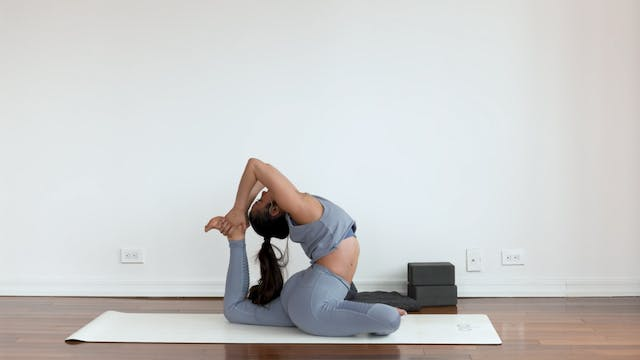 Pigeon Pose: Posture Breakdown with M...