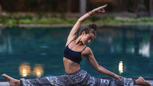 Mobility & Functional Movements: Vinyasa Flow with Kim Colletti (LIVE)