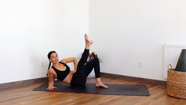 Body Weight Booty: YogaSculpt with Mi...