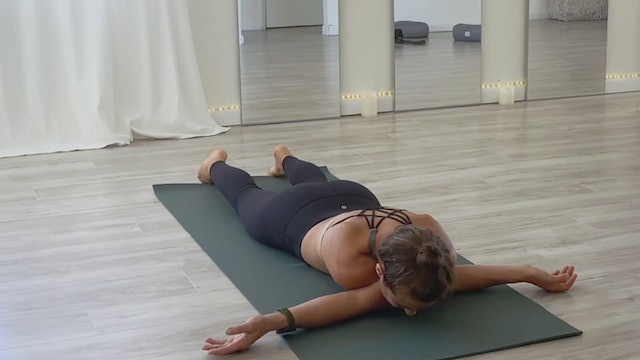 Shoulder Mobility Flow with Kim Colletti