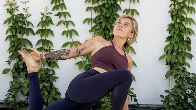 Expand Your Awareness: Bhakti Vinyasa with Christine Anderson (LIVE)
