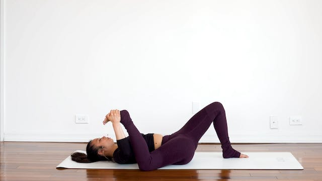 Active Recovery Stretch with Melini J...