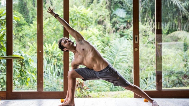 Strong and Sweaty Vinyasa with Paul Teodo (LIVE)