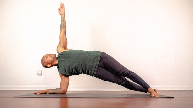 Awakening and Strengthening Vinyasa with De'andre Sinette