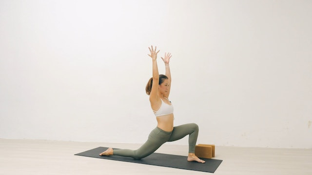 Core for Crow Pose with Roxanne Gan