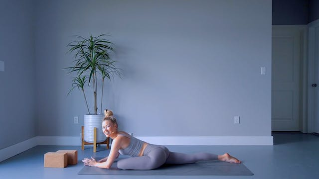 Hip Opening 101: 14 Days of Yoga for ...