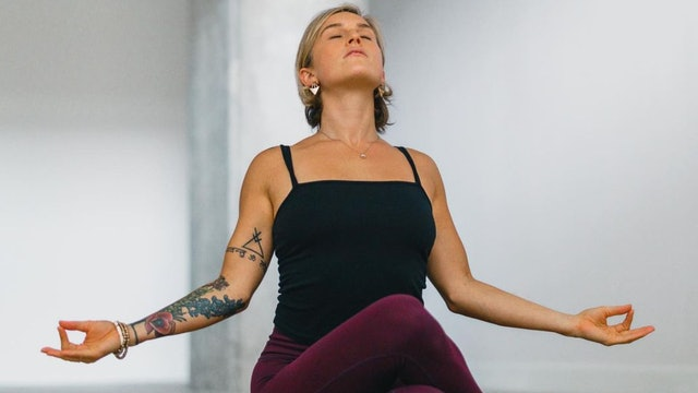 Flow in the New Year: Bhakti Vinyasa with Christine Anderson (LIVE)