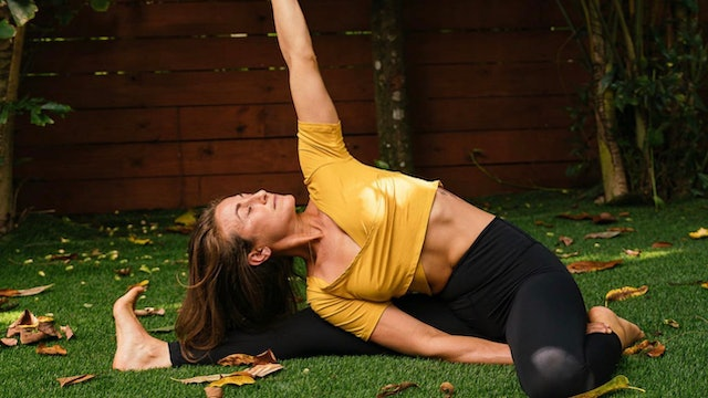 Juicy Hips: Mobility Flow with Kim Colletti (Instagram Live)