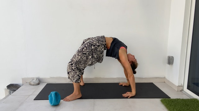 Spinal Movements: Mobility Flow with Kim Colletti
