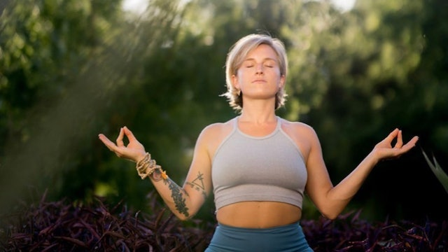 Ride the Waves of Change: Bhakti Vinyasa w/ Christine Anderson (LIVE RECORDING)