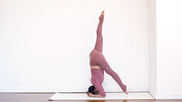 Posture Breakdown: Headstand