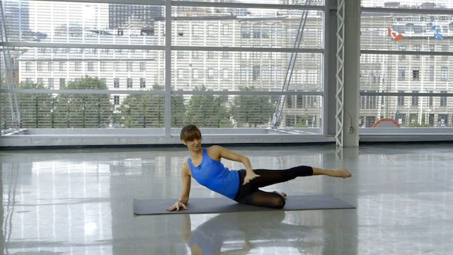 Day 11: Barre Workout: Standing & Floor with Sahra Esmonde-White