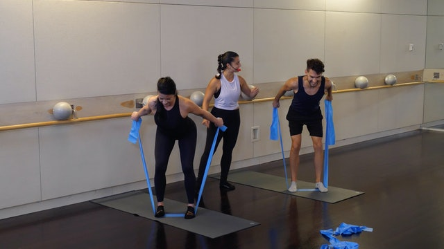 Band Barre Burn with Nicole Uribarri